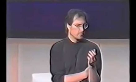 Steve Jobs Thinks Different – Best Marketing Strategy Ever!